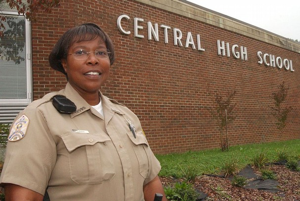 Security Resource Officer Carolyn Gudger